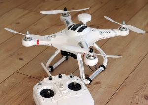 quadrocopter-1033642_1280